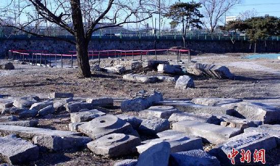 圆明园考古新进展 首次发现半圆形码头