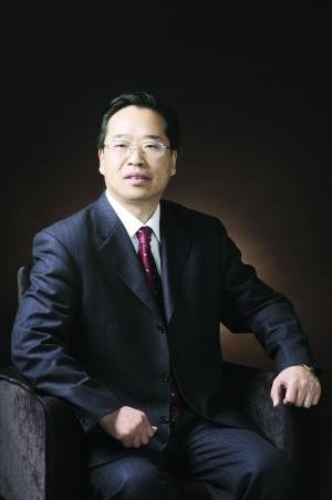 东方基金新任董事长杨树财回应内讧门