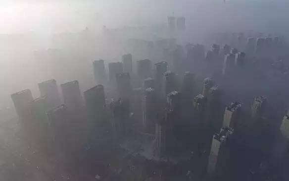 中国楼市一齐竟何时崩盘,看看港日历史