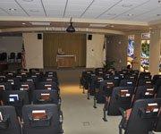 小型剧场可以做会议室用