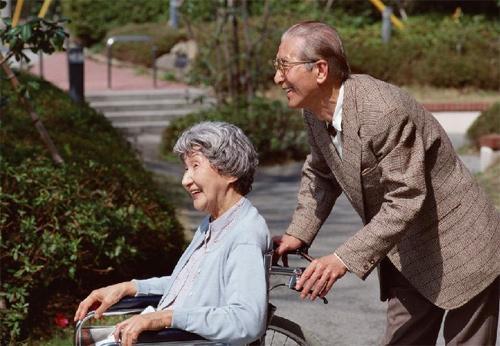 中国养老保险酝酿再升级 延退方案2017年出台