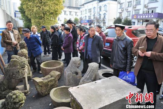 重庆警方破获跨省文物盗窃案 追回被盗文物24件