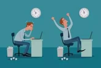 法定假日加班,要支付3倍工资。包括:元旦、春节(初一、初二、初三)、清明节、劳动节、端午节、中秋节、国庆节(1、2、3日)应当支付不低于劳动者本人,日或者小时正常工作时间工资的300%的工资报酬。