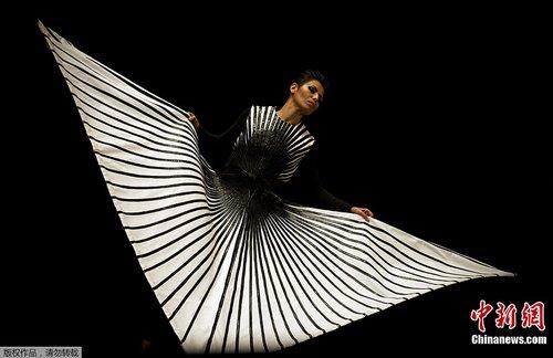 ssxxk人体艺术网_委内瑞拉人体艺术节光怪陆离_财经_腾讯网