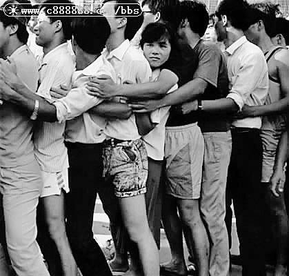 回忆92年深圳股市:那一纸疯狂的认购证(组图)