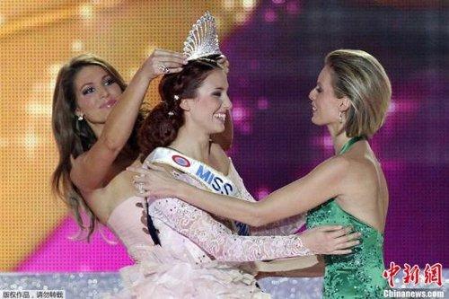 19岁学生当选法国美姐