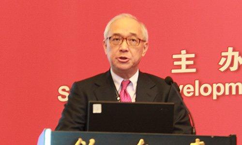图文:香港铁路有限公司非执行主席钱果丰