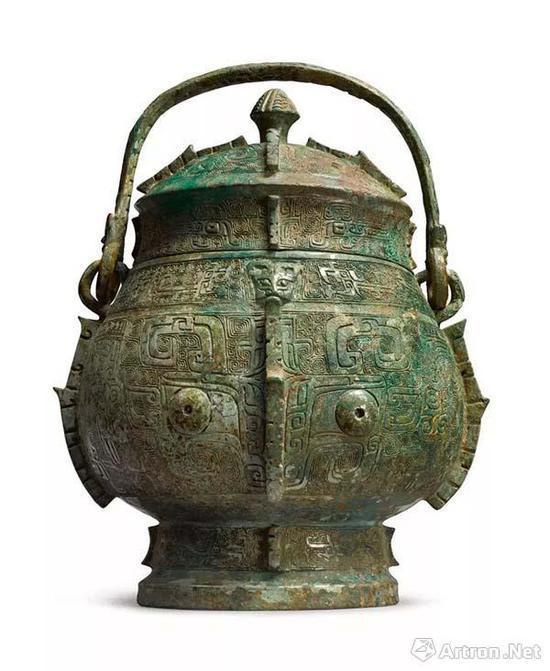商殷墟时期青铜饕餮纹卣1223万元成交