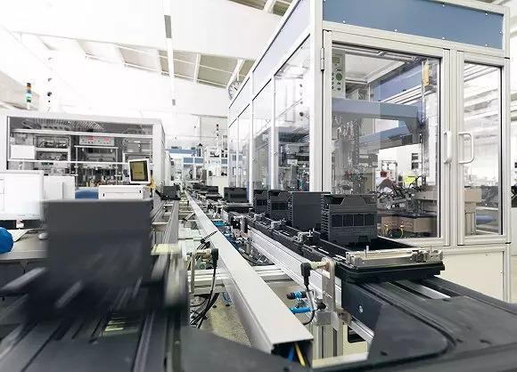 """探秘西门子工厂 接近""""工业4.0""""的企业在做什么?"""