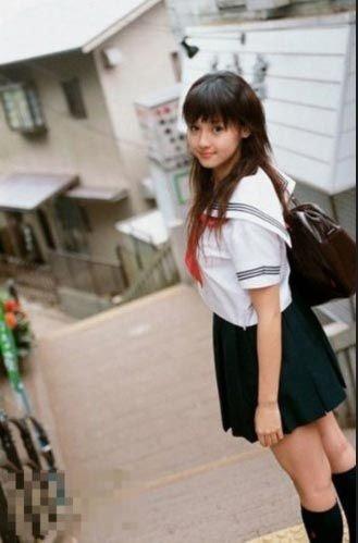 日本幼女-做爱_日本女孩青春萝莉装