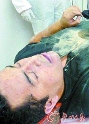 殡仪馆里的死尸照片_墨西哥一伙武装人员以好莱坞手法从殡仪馆劫走拉斯卡诺的尸体