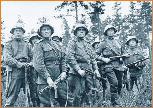 """""""二战""""后苏联竟如此犒赏士兵:敌国财物和女人内裤"""