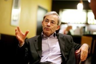 2010年三位诺贝尔经济学奖得主个人简介