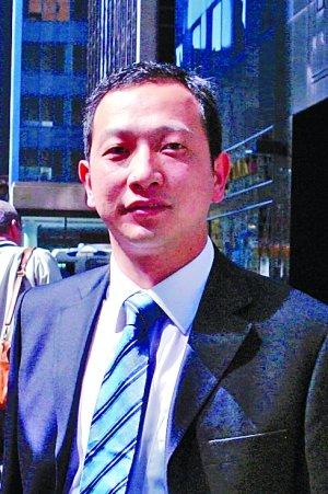 上海汇利资产管理公司总经理何震