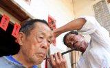 游乡理发师上门服务50余年