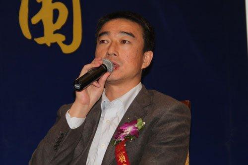 图文:陆炜在圆桌论坛上发言
