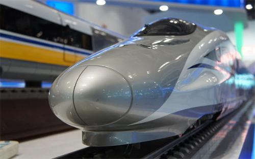 中国与印尼签署60亿美元高铁合作项目