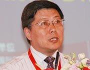 国务院参事、中国人民银行研究生部部务委员会副主席汤敏