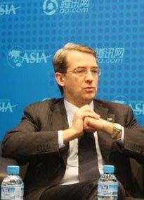 沃尔沃副总裁潘伟博