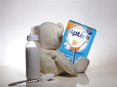 海淘奶粉背后的造假利益链:网上价差悬殊140元