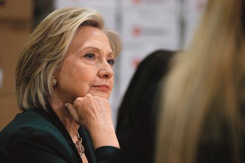 希拉里党内辩论出彩 大概率获民主党内提名