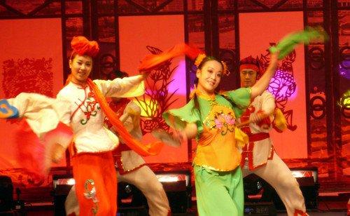 山东胶州秧歌 辉煌的艺术魅力扭出民间文化