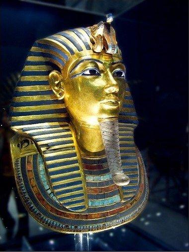 图坦卡蒙是埃及第18位法老王,公元前1336至1327年统治埃及.