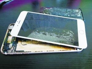 iPhone再现爆炸门 辉煌过后苹果已遭遇中年危机