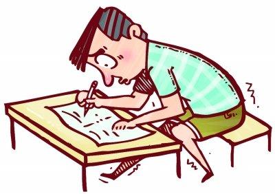 趴在课桌上睡觉简笔画-网友晒高考囧事 试卷反面怎么还有题