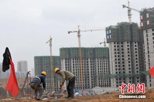 房东涨价撵人中介收费贵?住建部要放大招监管