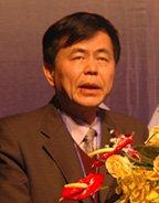 中国保险行业协会会长金坚强