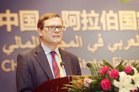 图文:英国《金融时报》副主编约翰桑希尔演讲