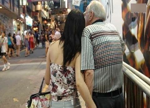被老外拐走的中国美女