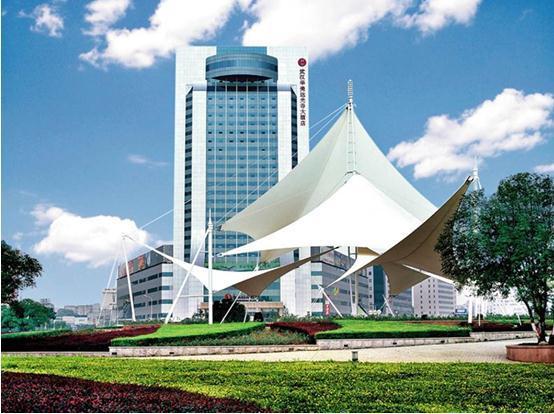 战略峰会会议将在高端大气上档次的武汉华美达光谷大酒店西湖厅举行