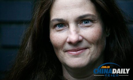 美国作家霍梅斯获女性小说奖