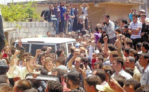 叙利亚胡拉惨案真相扑朔迷离 俄表示凶手尚难确定
