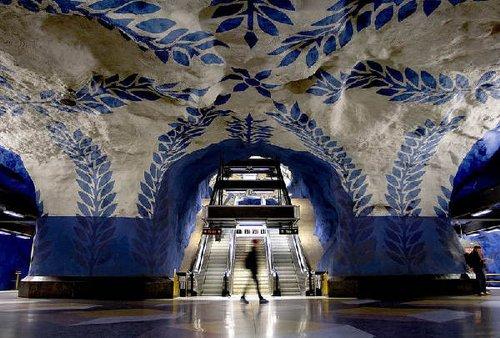 探秘美轮美奂瑞典地铁 组图