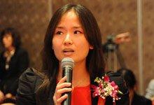 光大电子银行部处长张晓红回答记者提问