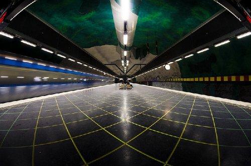 探秘美轮美奂的斯德哥尔摩地铁【瑞典】