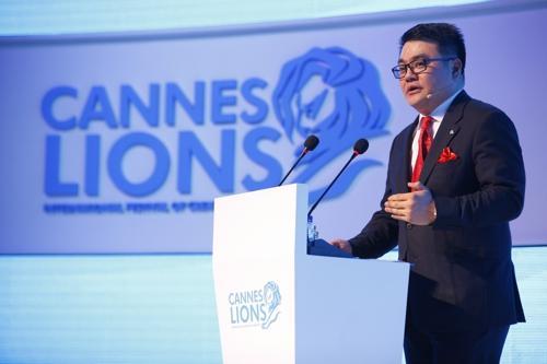 戛纳年度媒体人物揭晓 腾讯刘胜义成首位获奖华人