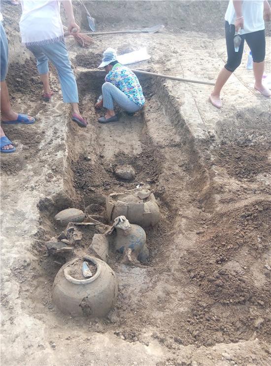 周南高速周口段文物发掘结束 发现古墓160多座