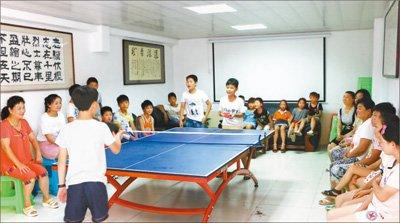 """但徐璐璐所在学区学校——亳州学院实验小学还是开了""""绿灯图片"""