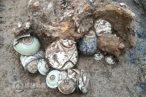 灵璧出土窖藏瓷器 具备国家二级文物标准