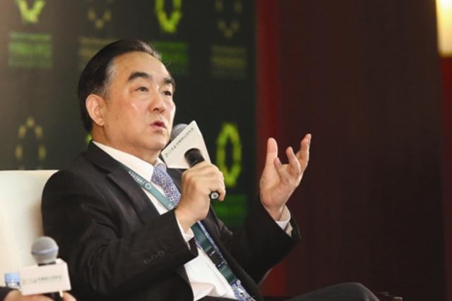 杨凯生:解决全球经济失衡,不能只关注贸易问题
