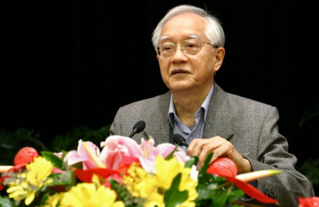吴敬琏谈中兴事件:不惜一切代价发展芯片的口号很危险