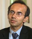 哈佛大学商学院教授塔伦-赫纳