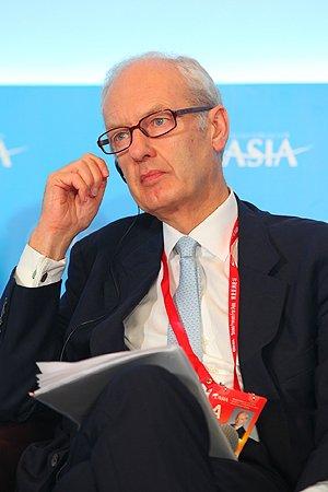 图文:富达国际投资总裁Anthony Bolton