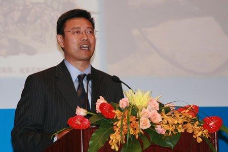 图文:国家能源局副局长钱智民