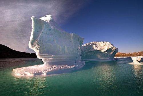 摄影师冰岛拍摄冰川消融绝美照片(组图)