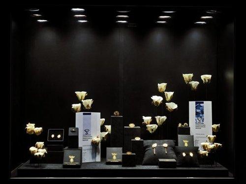 第一次将欧式艺术珠宝理念带入中国
